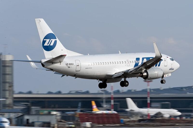 Boeing 737-524 (VP-BXU) ЮТэйр DSC_9766