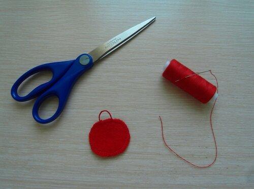 Развивающие игрушки детям своими руками... воздушные петли для пуговиц