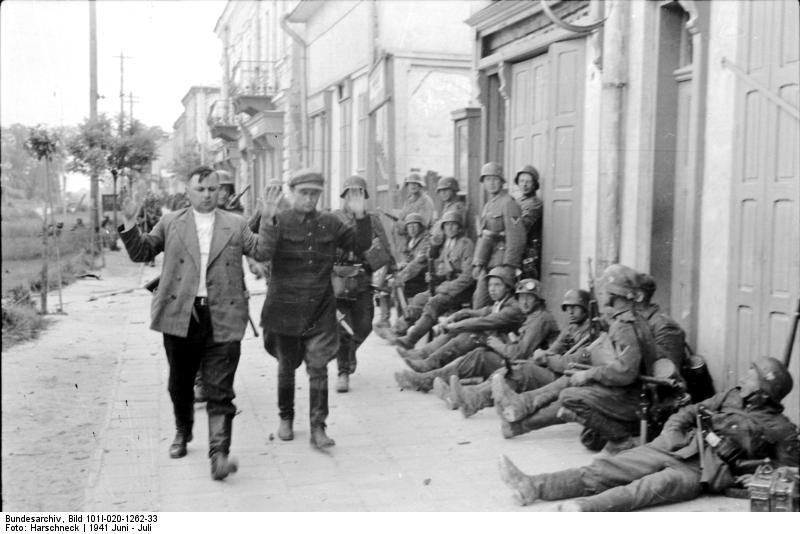 найти дедушку, немцы оккупанты фото когда лувре была