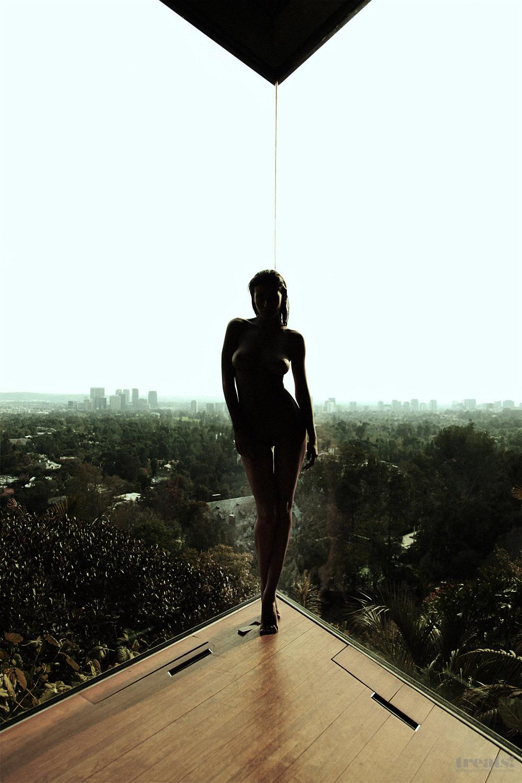 Meksikanka-na-Gollivudskix-xolmax-21-foto