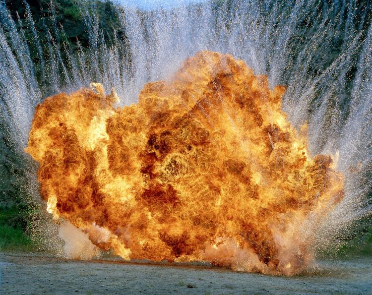 Фотографии взрывов