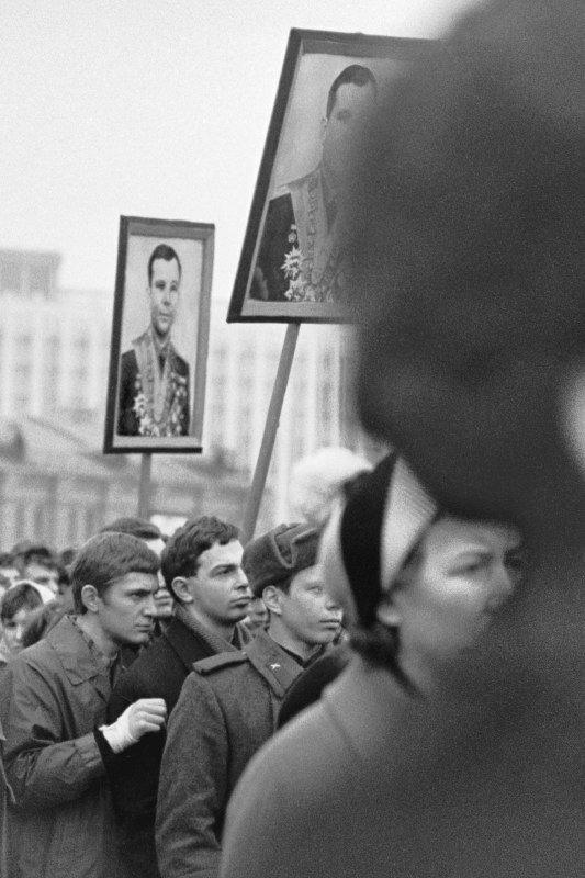 Фото Игоря Зотина.День траура.1968