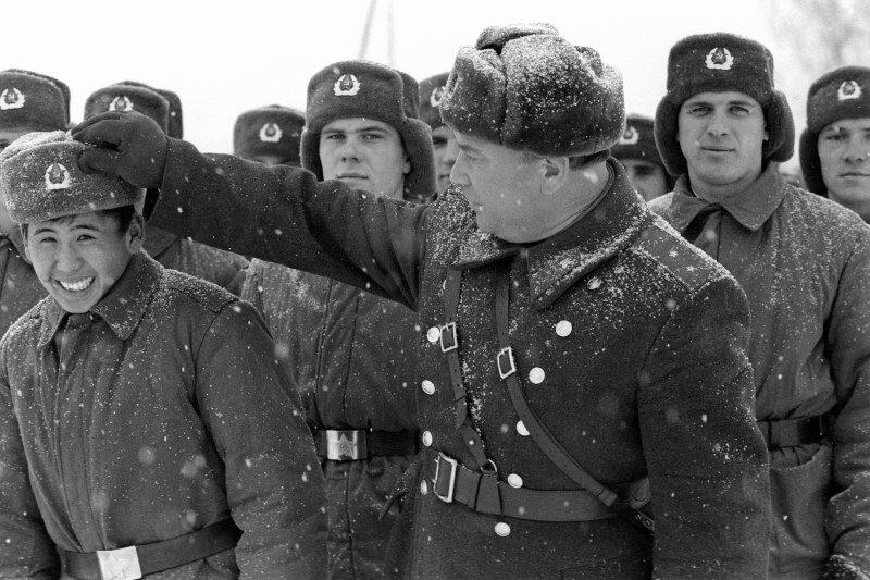 Игорь Зотин. Построение перед стрельбами