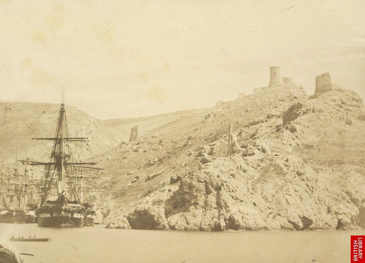 Вид Белой башни на Малаховом кургане