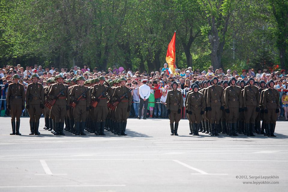 9 мая 2012. Военный парад Победы в Волгограде.