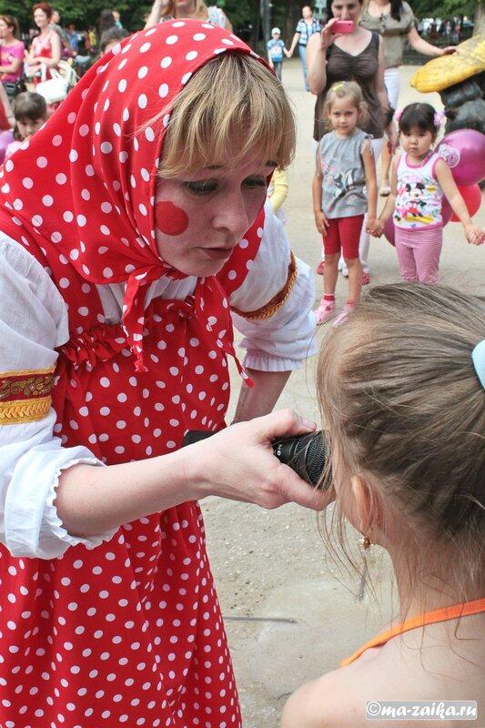 Встаньте дети, встаньте в круг. Саратов, фестиваль 'Крупа', 20 мая 2012 года