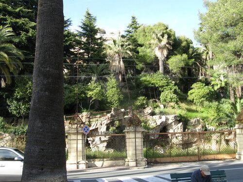 Немного снимков из Сан Рэмо (без коментариев) 0_6beaf_5167a3bf_L