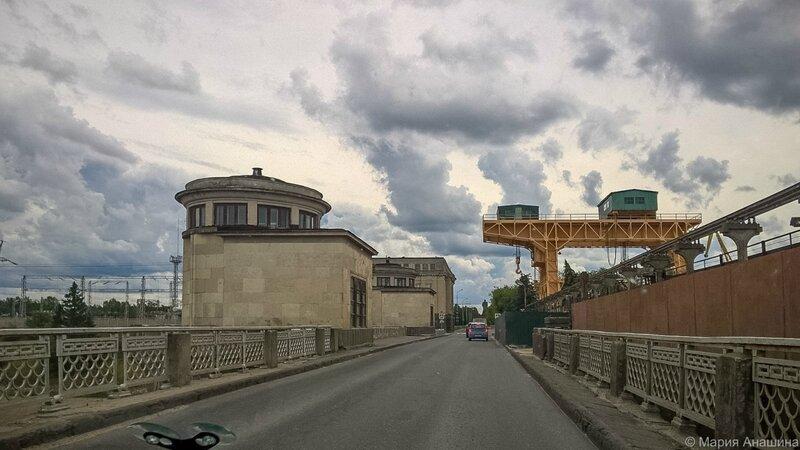 Плотина Иваньковской ГЭС