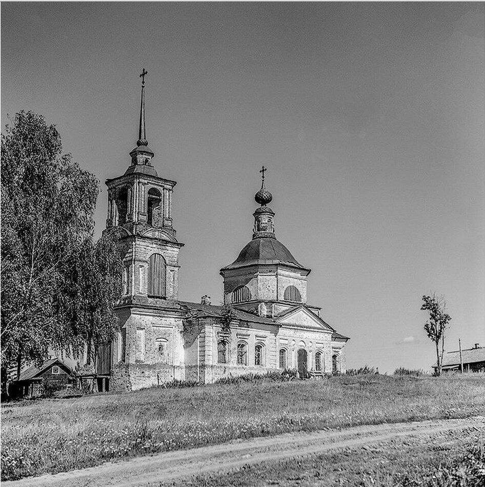 Окрестности Галича. Денисьево. Церковь Введения во храм Пресвятой Богородицы