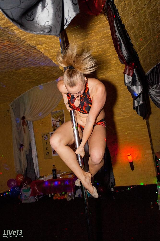 http://img-fotki.yandex.ru/get/6211/103946387.1f/0_927f3_c0c043a2_orig.jpg
