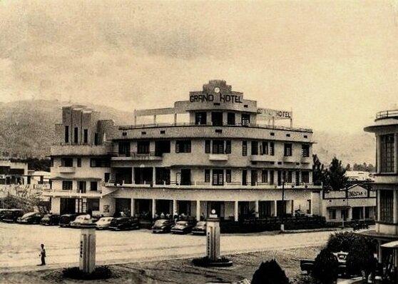 Le Grand hôtel d'Usumbura au Ruanda-Urundi vers 1956