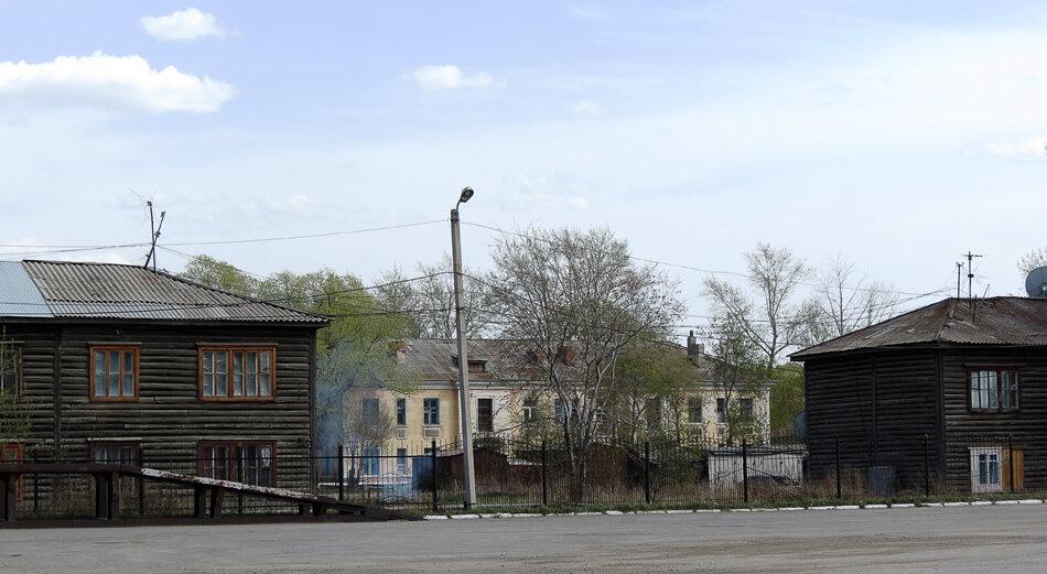 Щучинск, район ж.д. вокзала, старинные деревянные двухэтажки - 2012 год. Комментарии к фото - Кокшетау Онлайн