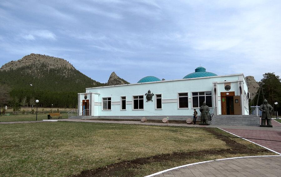 Боровое. Поляна Абылай-хана, музей Абылай хана и кафе - 2012 год. Комментарии к фото - Кокшетау Онлайн