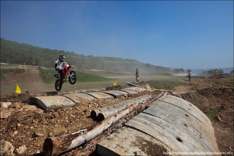 Мотокросс на Сапун-Горе