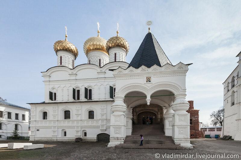 Троицкий собор в Ипатьевском монастыре. Кострома. Золотое Кольцо.
