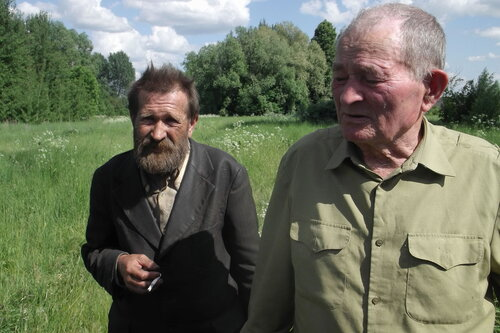 Одни из последних жителей Медвежки - Сергей Моисеевич Миронов и Николай Васильевич Иванушкин