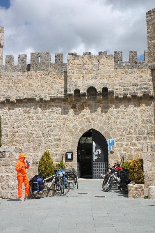 Камино Франсез или Приключения оранжевых человечков в Испании. 26 апр.-14 мая 2012.