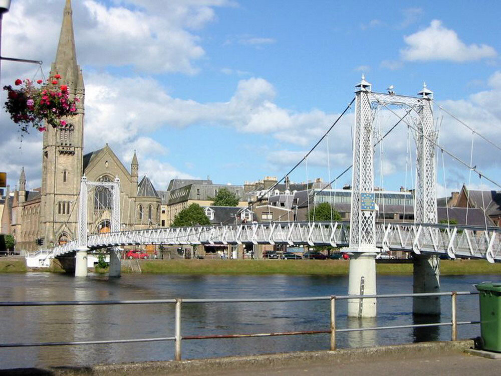 inverness-greatbritain1_resize.jpg