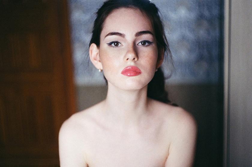 Романтические и озорные фотографии Александры Violet 0 14240a 2a5451b2 orig