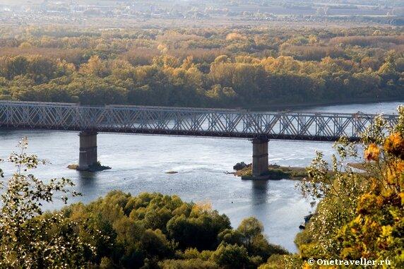 Уфа. Железнодорожный мост через реку Белая.