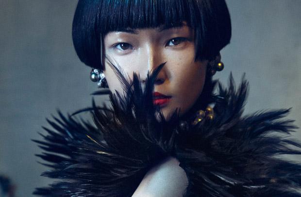 Ван Сяо (Wang Xiao) в журнале YUE