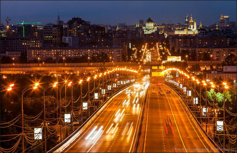 Москва, Комсомольский проспект в сторону центра