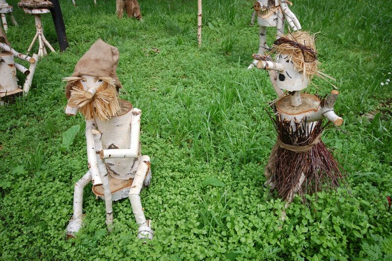 Фигурки из дерева для сада  фото