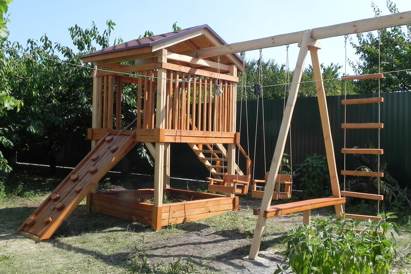Игровой комплекс из дерева для дачи своими руками