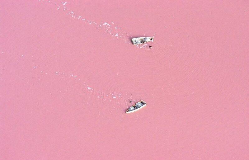 Клубничное озеро