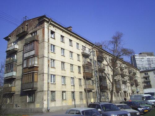 Краснопутиловская ул. 104