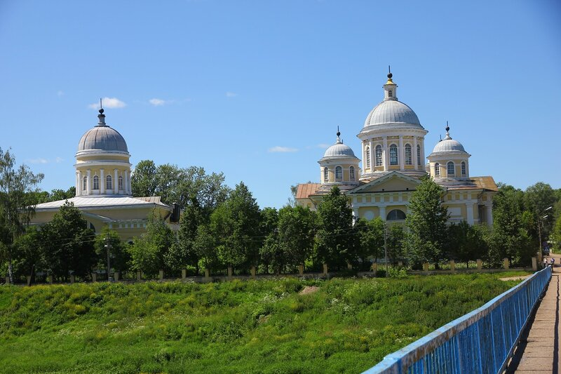 Церковь Входа Господня в Иерусалим и Спасо-Преображенский собор
