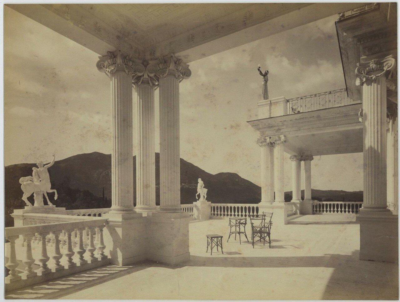 15. Терраса дворца
