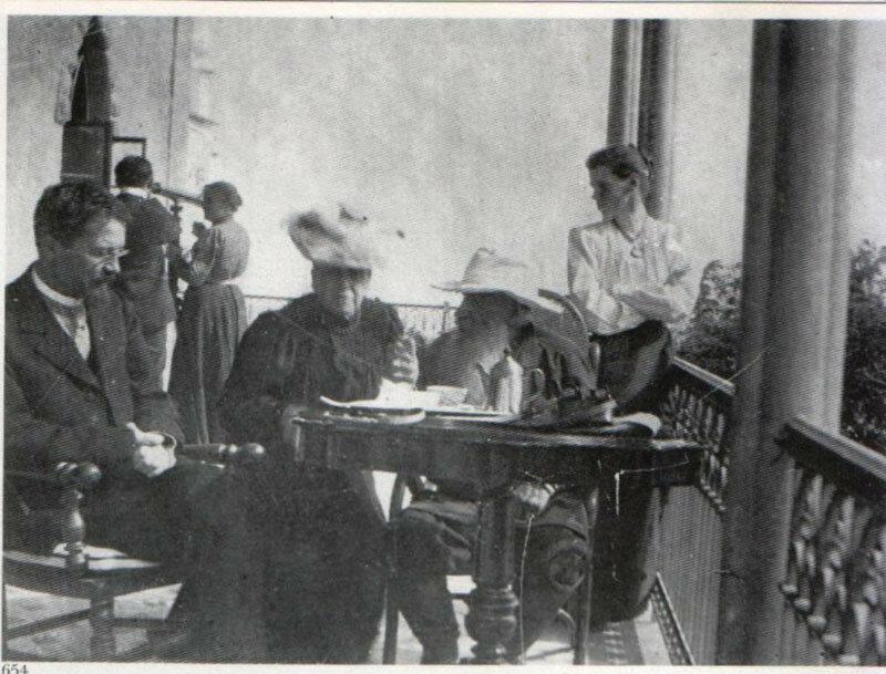 Чехов и Толстой в Гаспре2.jpg