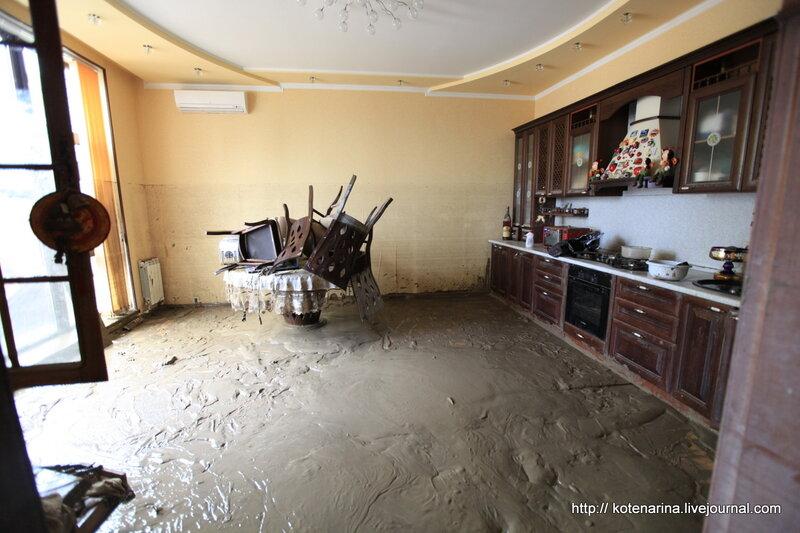 квартира затопили кирпичный