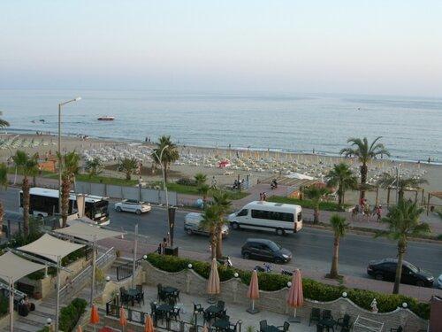 Велопрогулка по набережной в Турции 0_6c851_c77e0257_L
