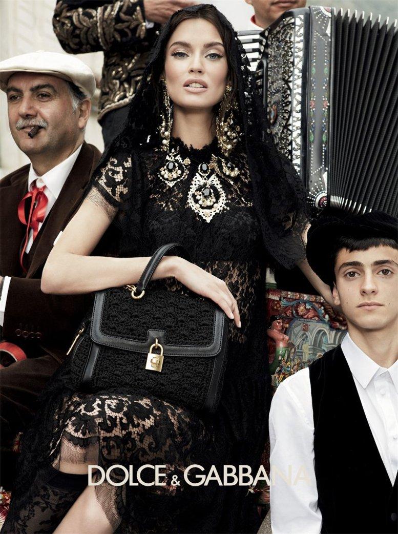Monica Bellucci, Bianca Balti / Моника Беллуччи, Бьянка Бэлти и другие в рекламной кампании Dolce Gabbana, осень 2012 / фотограф Giampaolo Sgura