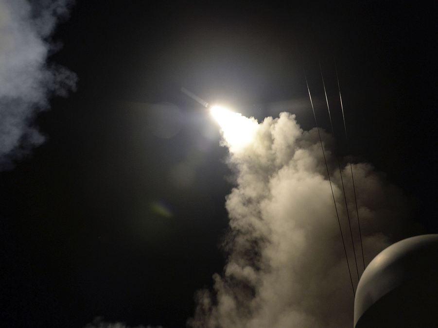 Томогавк USS Porter (DDG 78) летит в сторону Сирии.png