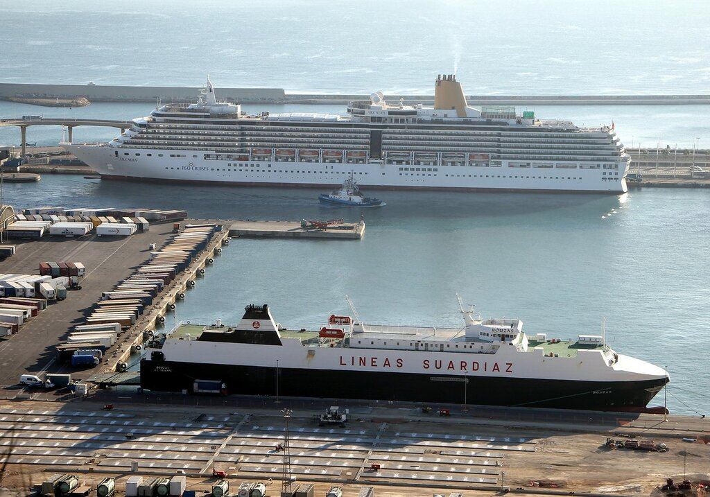 Barcelona cruise port. View from the Alcalde observation platform