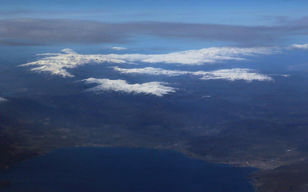 Озера Охрид и Преспан, вид с самолёта