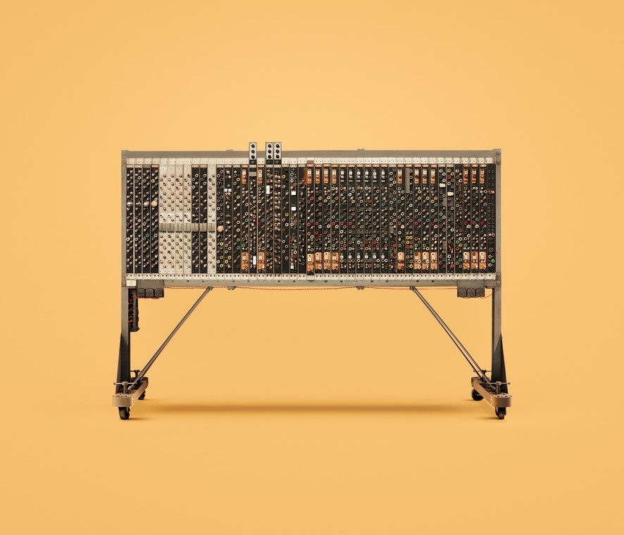 PILOT ACE Один из первых компьютеров, разработанных Аланом Тьюрингом. Был построен в Великобритании