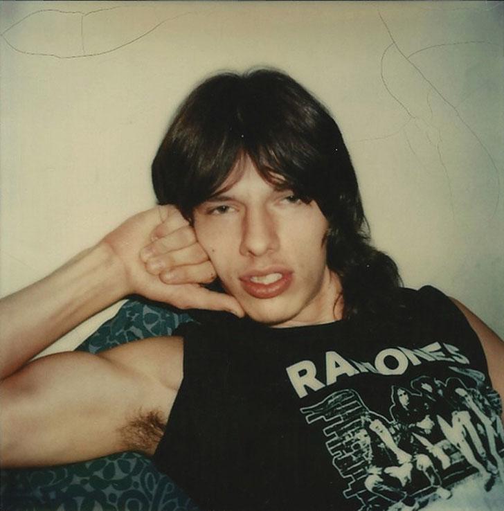 «Ричи в футболке с группой Ramones», 1970-е годы.