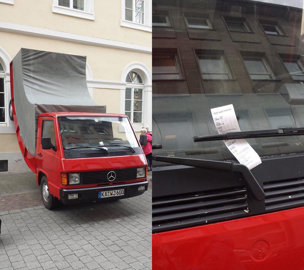 На официальной странице в Фейсбуке представители Центра искусств подтвердили, что грузовику действит