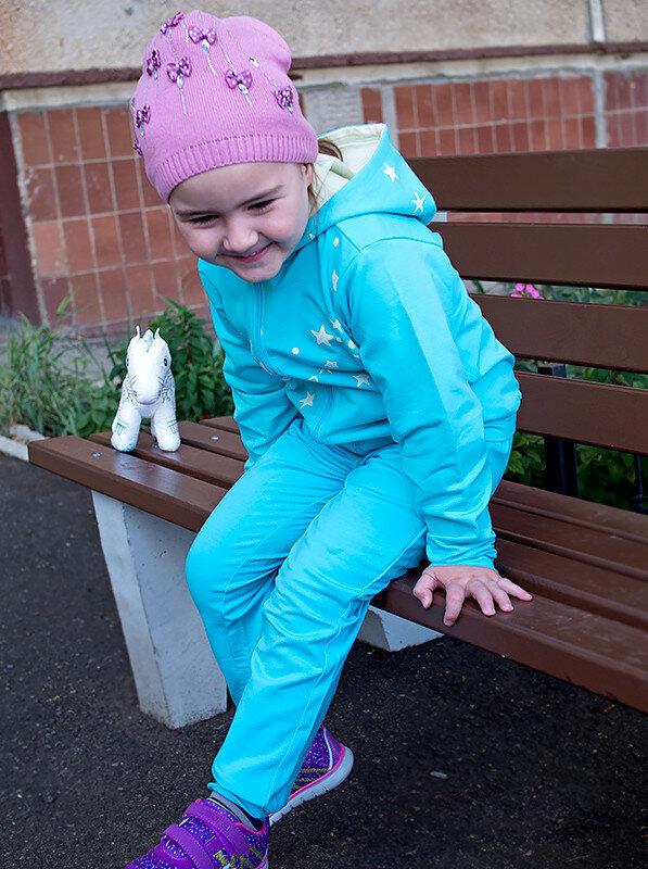 спортивный-костюм-фаберлик-детская-обувь-зебра-отзыв-faberlic18.jpg