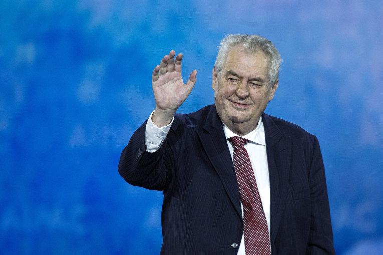 Президент Чехии выступил заотмену виз междуЕС иРоссией