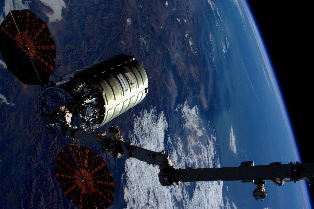 Инженеры НАСА устроили третий «мега-пожар» вкосмосе