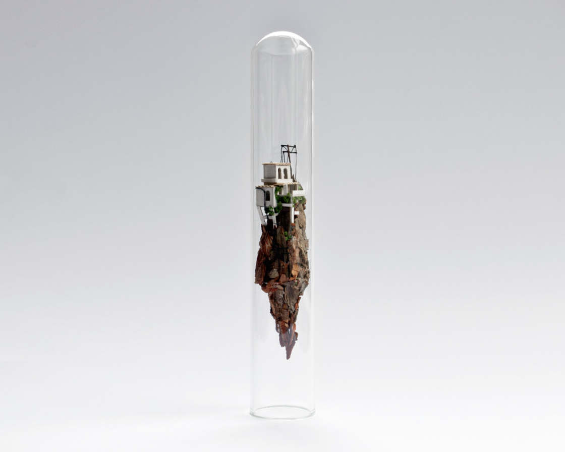 Micro Matter - The miniature sculptures by Rosa de Jong