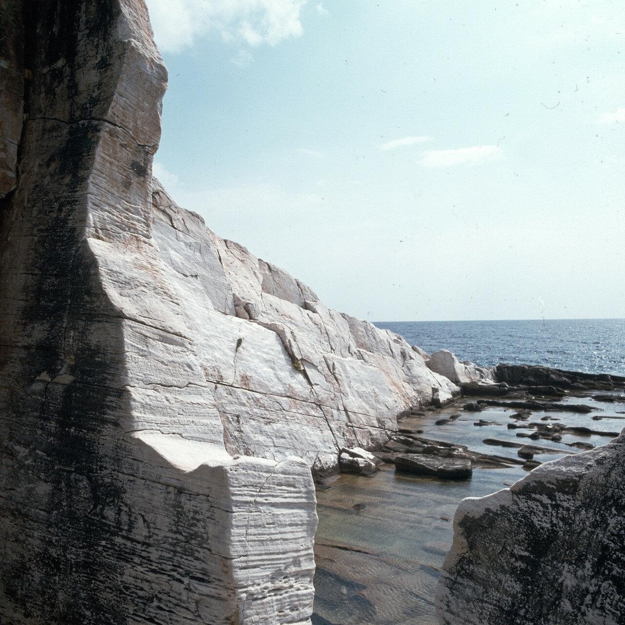 Тасос, Алики. Античные каменоломни