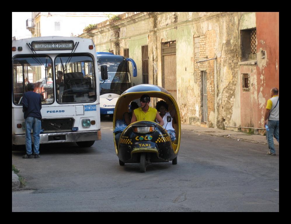 Тук-тук по-кубински.jpg