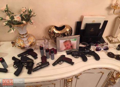 90-е возвращаются: В Одессе два бизнесмены делили отель (фото, видео)