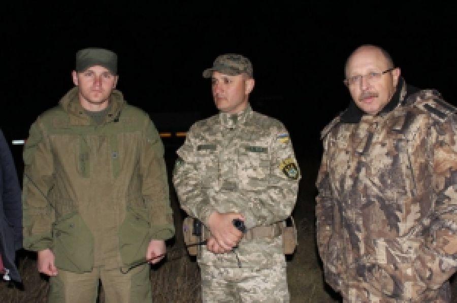 Оперативный штаб акции по блокаде Крыма установил пост возле поврежденной линии электропередач
